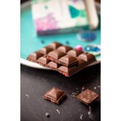 Шоколад Nilambari на овсяном молоке с клубникой, 65 г