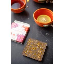 Шоколад Nilambari нежный на кэробе с пыльцой, 65 г